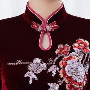 Image 3 - Inverno novo de veludo dourado cheongsam longo prego grânulo retro melhorado vermelho casamento brinde mãe de lei vestido mostrar alto grau