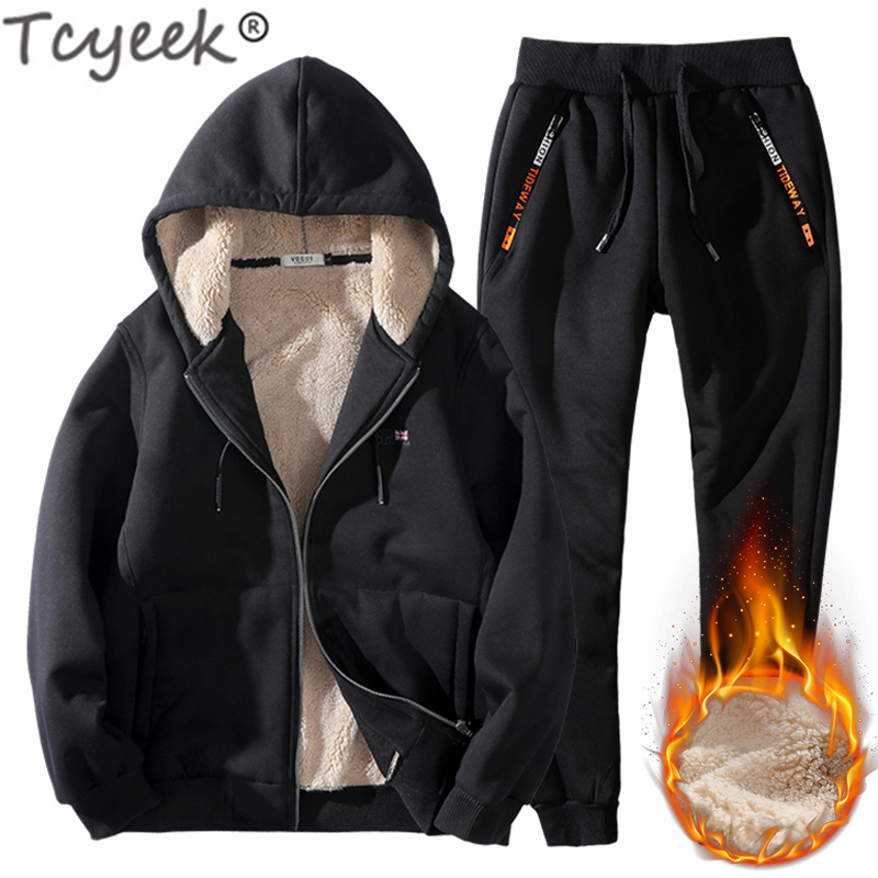 Tcyeek Plus Size 6xl Men's Sportswear Winter Man Clothing Streetwear Tracksuit Men Two Piece Set Wool Liner Jogging Homme 15839