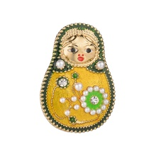 Gariton Fashion Cute Figure Russian doll Enamel Brooches Esmaltes Imitation Pearl Girl Corsage Gift For Party Jewelry