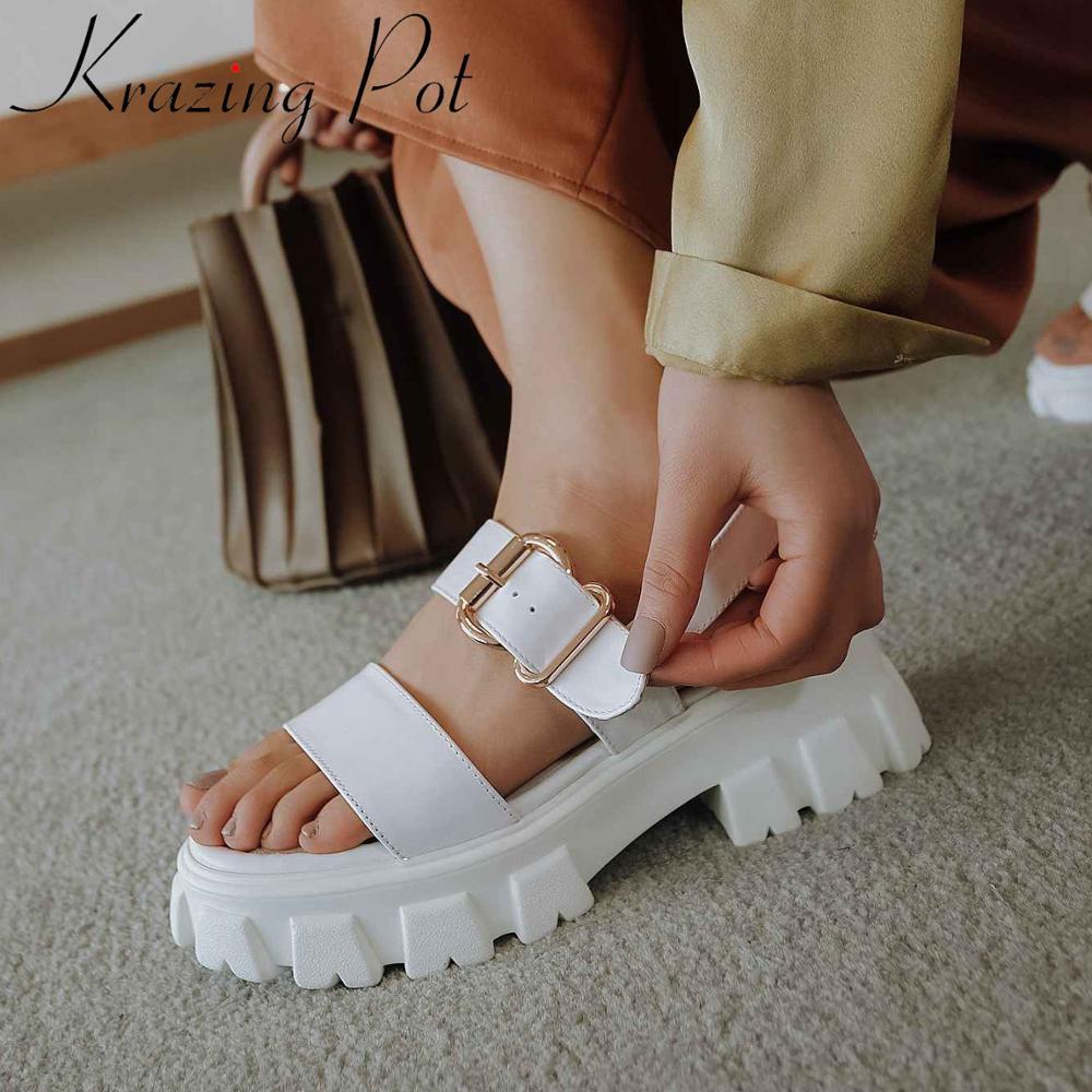 Krazing pot design europeu couro genuíno peep dedo do pé redondo salto alto engrenagem inferior fivela correias moda verão sandálias básicas l61