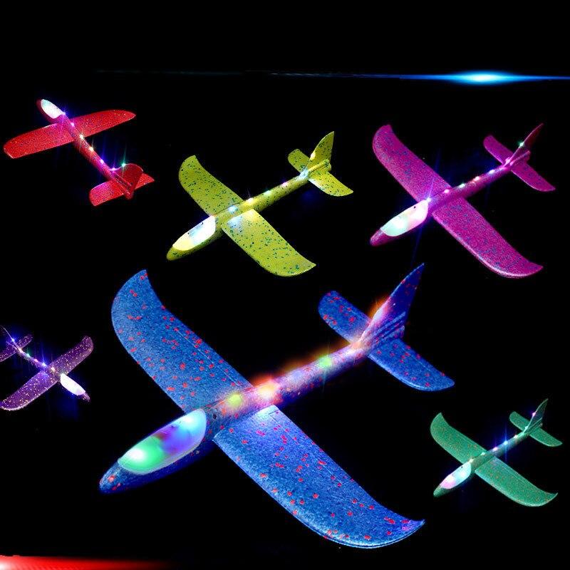2020 nouveau Design enfants main jeter avion EPP mousse enfants jouets éducatifs Flash avion lumineux 4