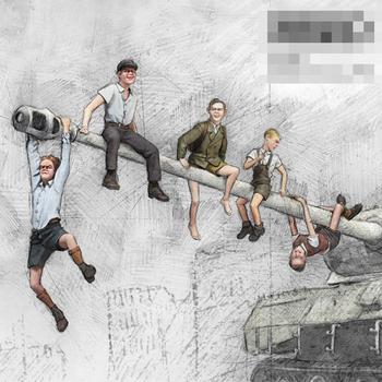 1 35 Model z żywicy rysunek GK żołnierz dzieci wojny 1945 gra motyw wojskowy ii wojny światowej zestaw niezmontowany i niepomalowany tanie i dobre opinie NoEnName_Null Dla osób dorosłych CN (pochodzenie) Unisex This is not a toy for people under the age of 14 Montaż Zachodnia animacja