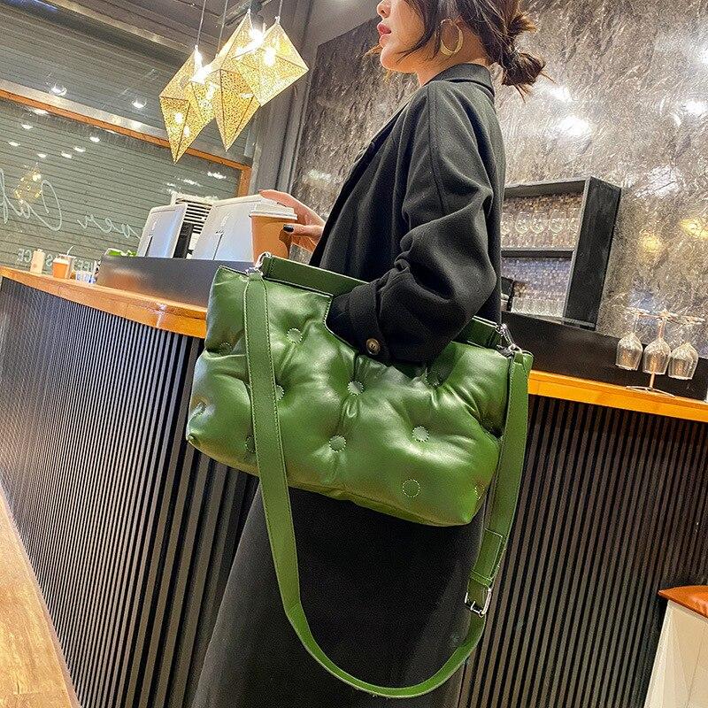 Espace décontracté rembourré oreiller sac concepteur femmes sacs à bandoulière de luxe doux en cuir Pu bandoulière sac de messager grand fourre-tout sacs à main