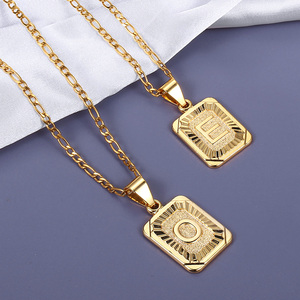 2020 Fashion 26 Letters Square Charm Necklaces Choker Figaro Link Chain Gold Tone Length Adjustable Fashion Jewelry Gift GPM05H