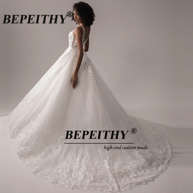 BEPEITHY Deep V Neck Lace Wedding Dress 2021 Ball Gown Bridal Court Train Sleeveless Women Indian Ivory Wedding Bouquet Gown New 6