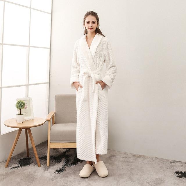 Thick Sleepwear Winter Warm Bathrobes Women Bath Robe Dressing Plus Size Soft Gown Bridesmaid Robes Female batas de dormir mujer