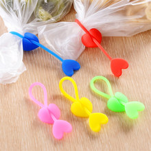 5PCS long strip love heart-shaped sealed bag clip can be reused environmentally friendly silicone plastic food bag binding tape