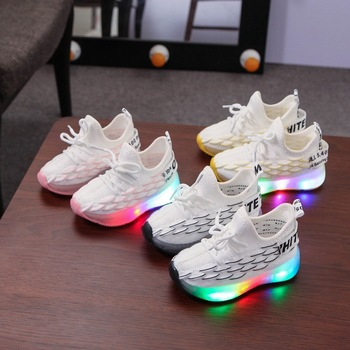 2020 New brand LED infant tennis lighting baby girls shoes boys High quality children sneakers solid Fashion kids shoes 2020 hot sales fashion baby casual shoes led lighted sneakers baby classic soft high quality baby girls boys infant tennis