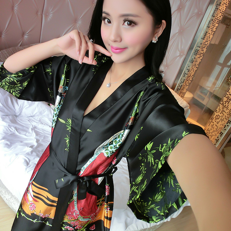 New Style Silk Nightgown Female Summer Sexy Imitated Silk Fabric Classical Beauty Nightgown Bathrobe
