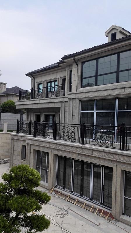 Hench Shanghai Factory  Indoor Outdoor Wrought Iron Balcony  Iron Balustrades Hot Sale