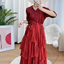 LANMREM 2021 Autumn Half Sleeve V-neck Pleated Flare Waist Show Thin Solid Color Cloth