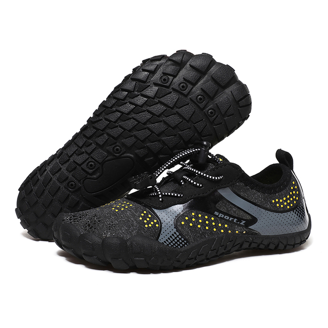 IGxx Water Shoes for Kids Boys Girls Aqua Socks Barefoot Beach Sports Swim Quick Dry Lightweight Walking Hiking Wading Sneakers 2