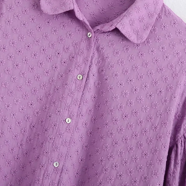 Shirt with flower embroider in violet