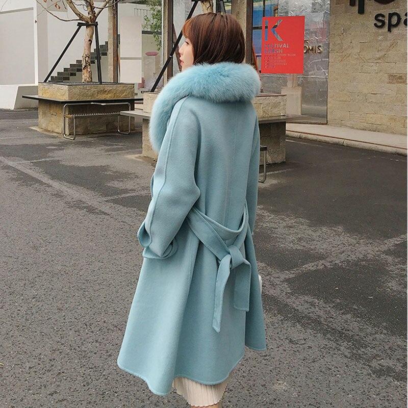 casaco de inverno com gola de pele