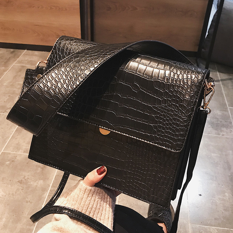 Fashion Crocodile Women Shouder Bags Designer Brand Wide Strap Handbags Luxury Pu Leather Crossbody Bag Small Flap Female Purses