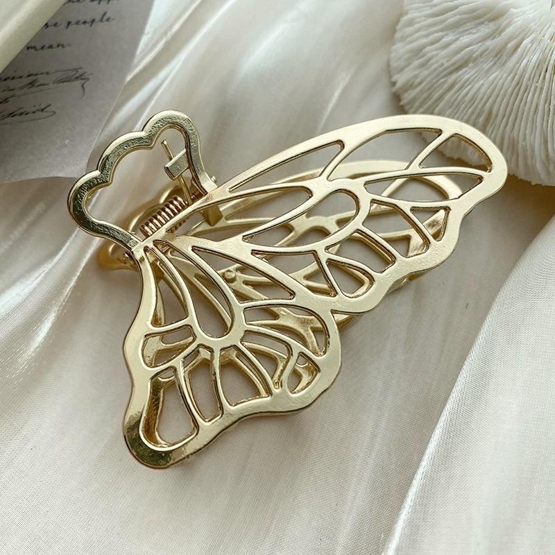 HUANZHI 2020 Новый Ретро металлический матовый золотой серебряный цвет полый лепесток бабочки зажим для волос аксессуары для волос для ванной За...