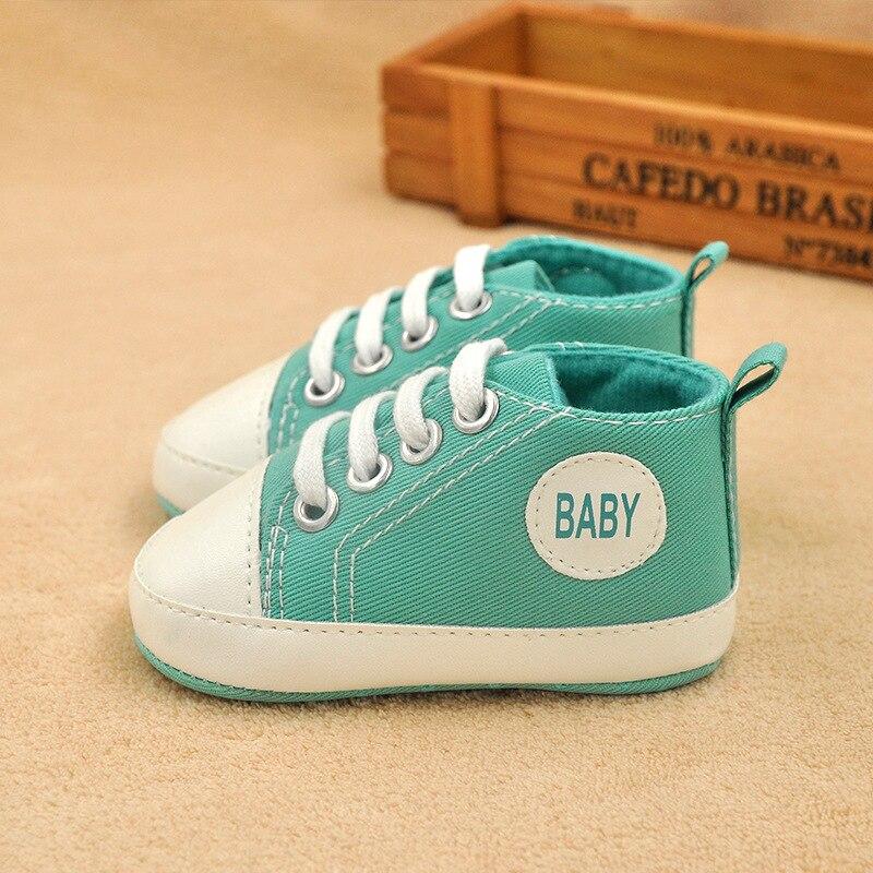 Slip-On Newborn Shoes Shallow Infant Shoes Fashion Newborn Shoes Unisex Baby Walking Shoes Canvas Newborn Shoes For 0-18M