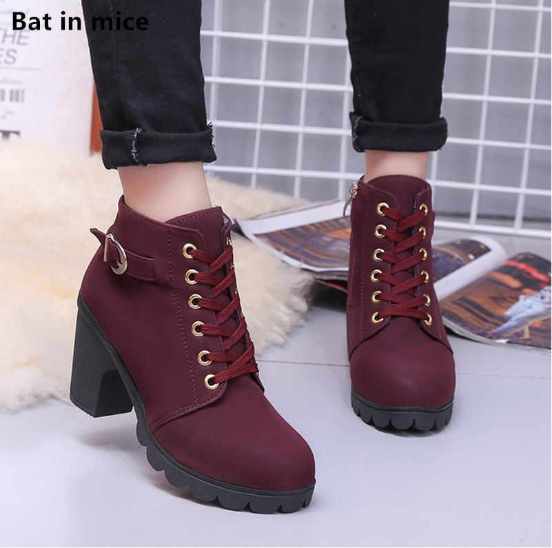 Yeni kış kadın platformu yüksek topuklu yarım çizmeler kadın çizmeler toka ayakkabı kalın topuk kısa Martin kar botları bayanlar mujer T090
