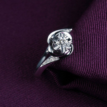 1 Carat 18k Gold And White Gold Diamond Engagement Ring  3