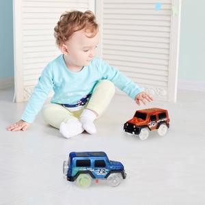 1 шт. электронные машинки, игрушки с мигающими лампами, развивающие игрушки для детей, подарок на день рождения для мальчиков, игровой трек, игрушечный автомобиль