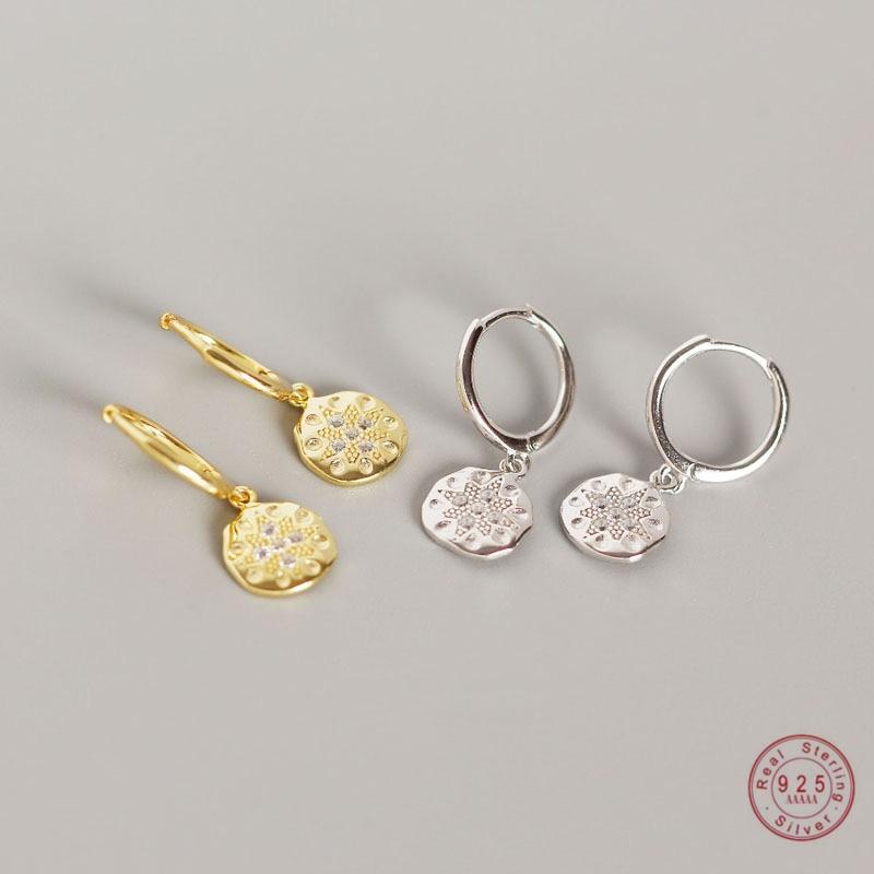 925 Sterling Silver Fashion Carved Disc Stud Earrings Women Light Luxury Temperament Dress Jewelry Accessories Girlfriend Gift