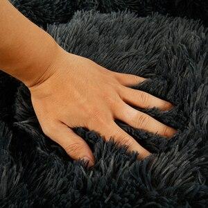 Image 5 - Uzun peluş yumuşak Pet köpek yatağı gri yuvarlak kedi kış sıcak uyku yatakları çantası yavru köpek yastık Mat taşınabilir evcil hayvan malzemeleri willstar