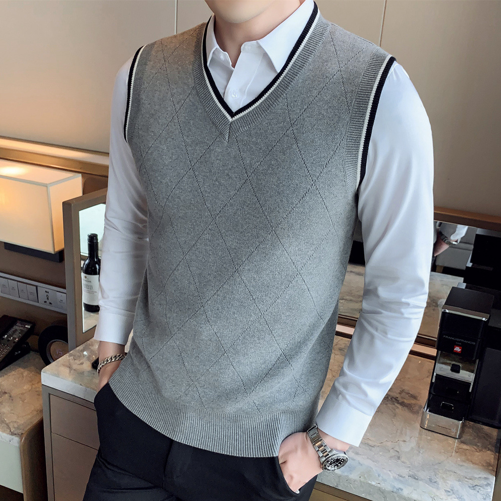 British Style Sleeveless Sweater Men Yarn Vest V-neck Vest Youth Autumn And Winter Sweater Waistcoat Men's Fashion Waistcoat