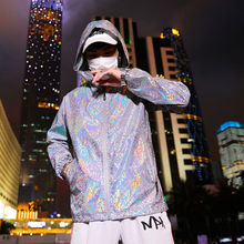 2020 New reflective jacket men / women harajuku windbreaker jackets hooded hip-hop streetwear night shiny zipper coats jacke jacke unq jacke