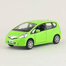 Diecasts & Toy Veículos de alta Simulação Requintado: RMZ cidade Estilo Do Carro Honda Fit Jazz 1:36 Alloy Diecast Modelo de Carro Puxar Para Trás Carros