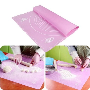 26*29cm silikonowa podkładka izolacyjna drukowanie skala Pad podkładka izolacyjna mata do wyrabiania ciasta nadaje się do różnych potraw w kuchni tanie i dobre opinie Insulation pads Prostokąt soft texture non-stick surface easy to clean 26 * 29CM