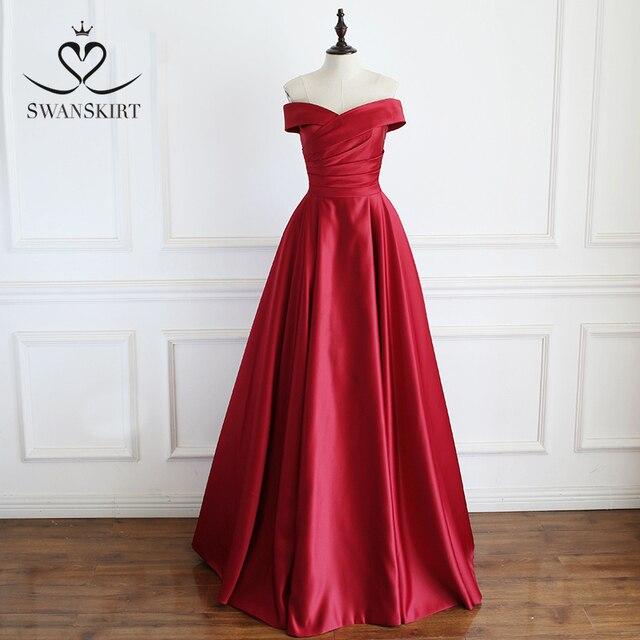Red Off Shoulder Satin A Line Evening Dress Swanskirt Sweetheart Lace up Court Train Bride gown Princess robe de mariee A233