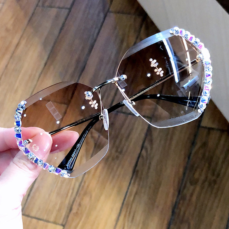 Vintage Fashion Oversized Rimless Sunglasses Women Famous Luxury Brand Design Sexy Diamond Square Sun Glasses For Female UV400