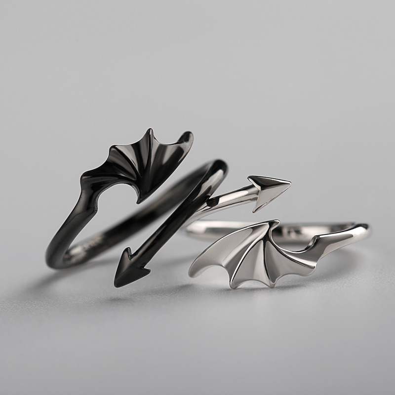 LATS Punk Vintage Evil Wings Rings for Women Men Couple Wedding Ring Opening Angel Wing Version Rings Korean Jewelry