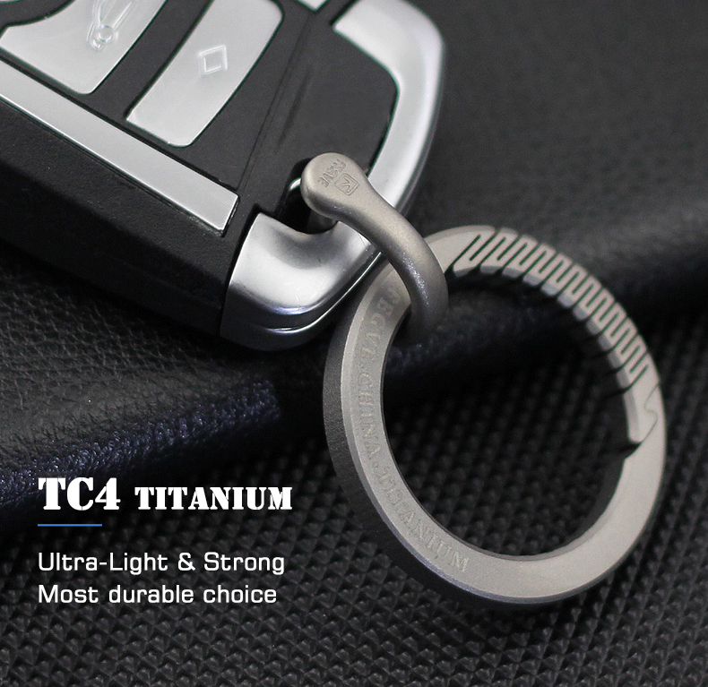 Men Women Car Keychain Titanium  Luxury Key Chain Ultra Lightweight EDC Elasticity Key Ring Holder Buckle Gift For Couples