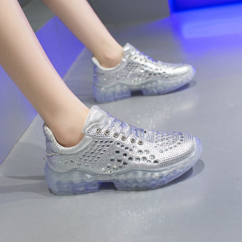 2019 Hot Sale Light Women Athletic Shoes Sport Sneakers Crystal Sole Cushioning Running Shoes Couple Walking Gym Jogging Trainer