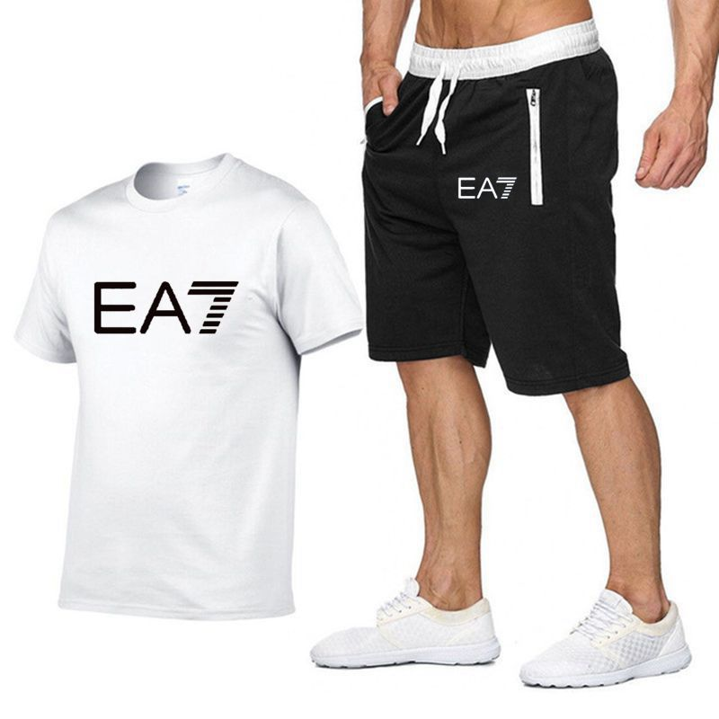 2019 Train Graphic Series Print Fashion For Men New White Short Sleeve Men Tracksuits Set Male T-shirt Fashion Clothing