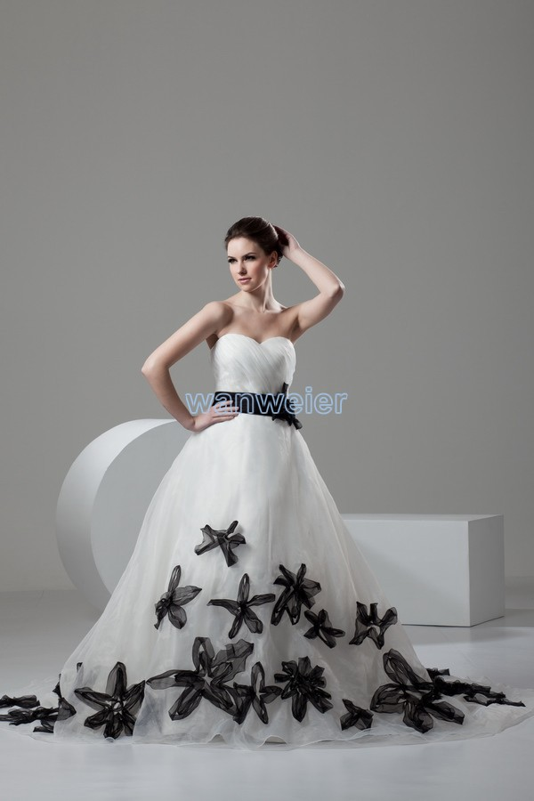 Free Shipping 2014 New Design Hot Sale Custom Size/color Bridal Gown Small Train White/ivory Handmade Flowers Bridesmaid Dresses