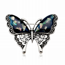 New Simple Vintage Personality Shell Butterfly Brooch Pin for Women Men Fashion Cute Insect Scarf Corsage Jewelry Accessories