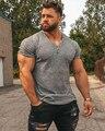 Мужская футболка с v-образным вырезом и коротким рукавом, облегающая Спортивная футболка с полосками для фитнеса, мужские однотонные модные...