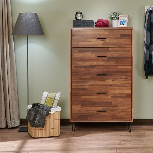 Wooden Chest of Drawers 1