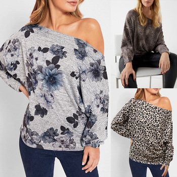 The New Fashion Women 2020 Autumn Sexy Off Shoulder Leopard Snkae Print Batwing Sleeve Top Loose Casual Floral Tunics figure print batwing sleeve top