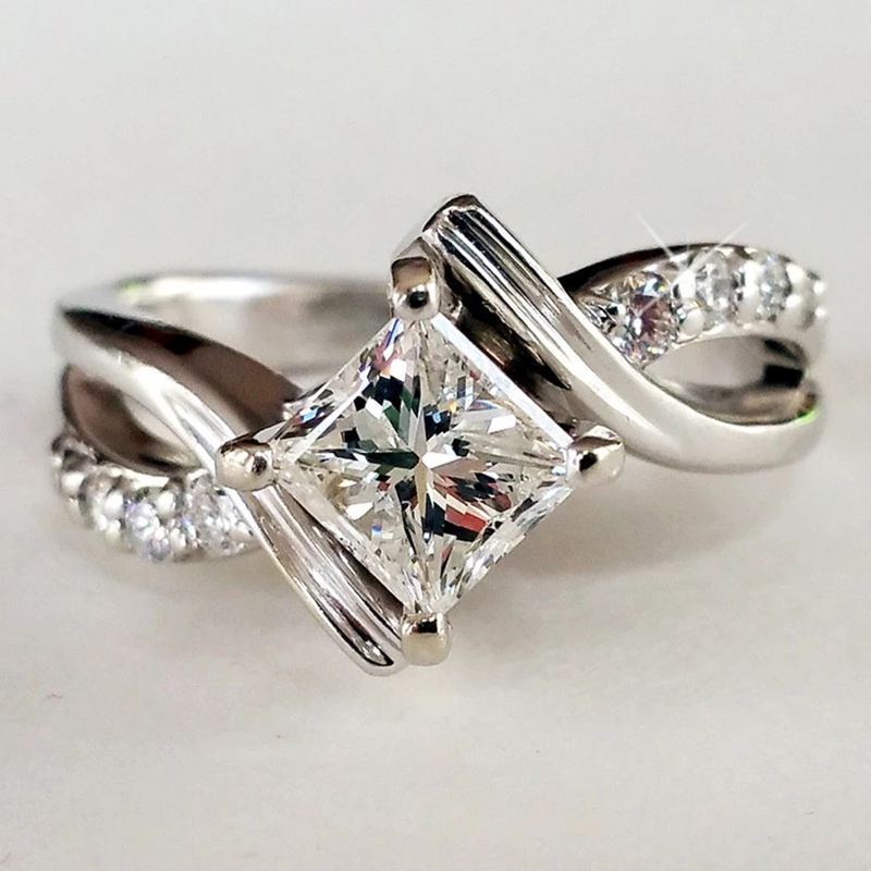 Princess_Diamond_Engagement_Ring_1800x1800.webp