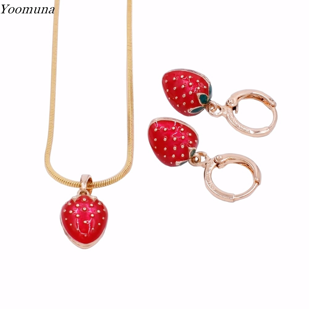 Classic Gold Color Strawberry Bridal Jewelry Sets and exclusive design Necklaces Earrings set for kid jewelry High Quality