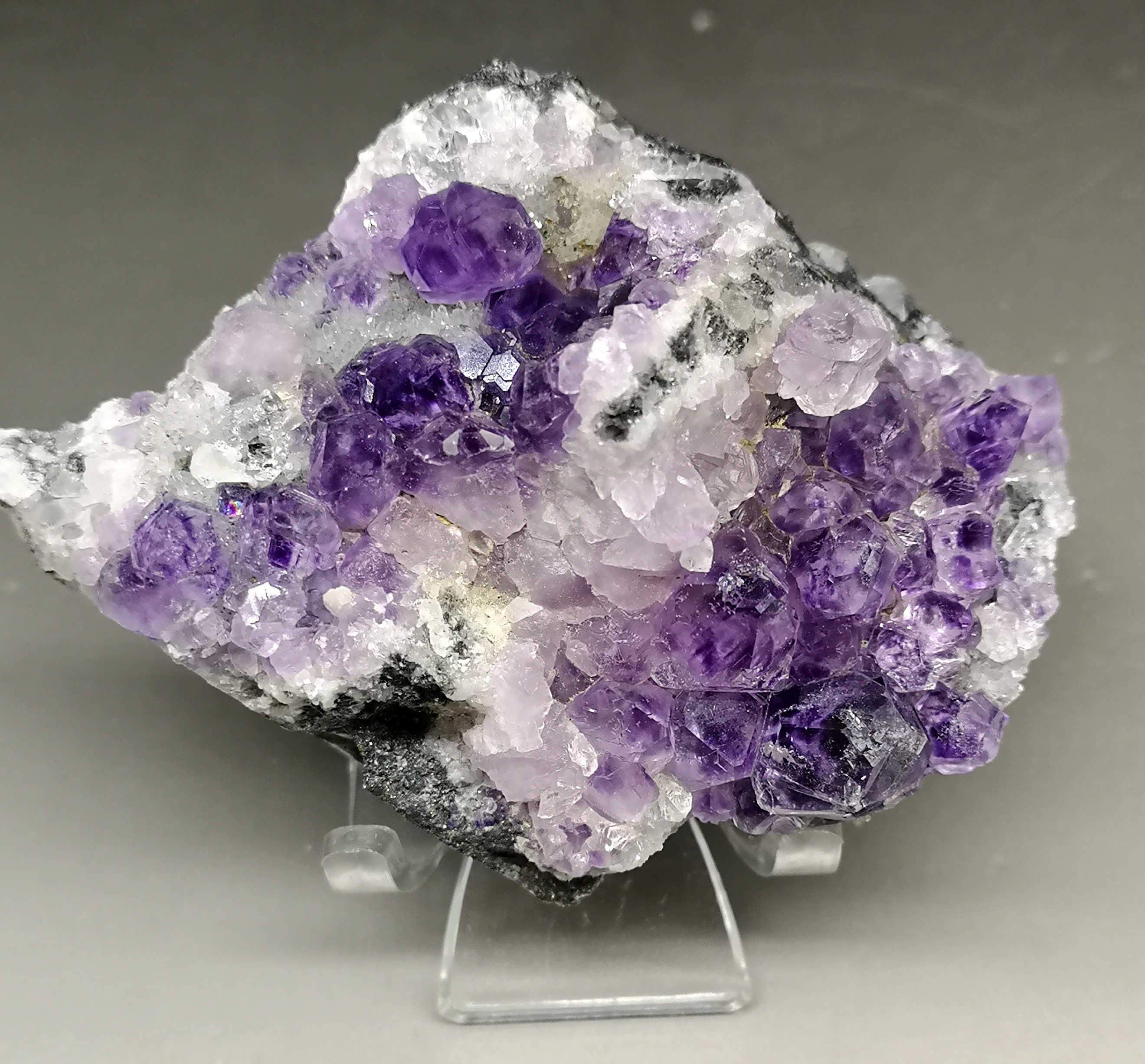 Nowe odmiany! 222g naturalne wielościenne fioletowy fluoryt klastra mineralnej okazy kamienie i kryształy uzdrowienie kryształ
