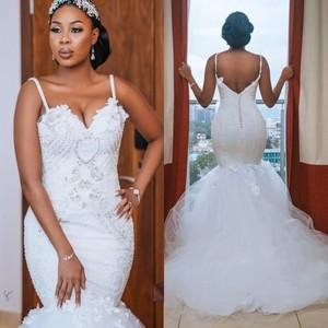 Image 1 - צנוע אפריקאי בתוספת גודל חתונה שמלות 2020 robe דה mariee בת ים חתונת שמלות חרוזים תחרה בעבודת יד כלה שמלה