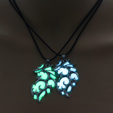 20019 Fashion glow-in-the-dark necklace Glow In The Dark  give out light Necklace Silver blue Jewelry Women Gifts Accessories