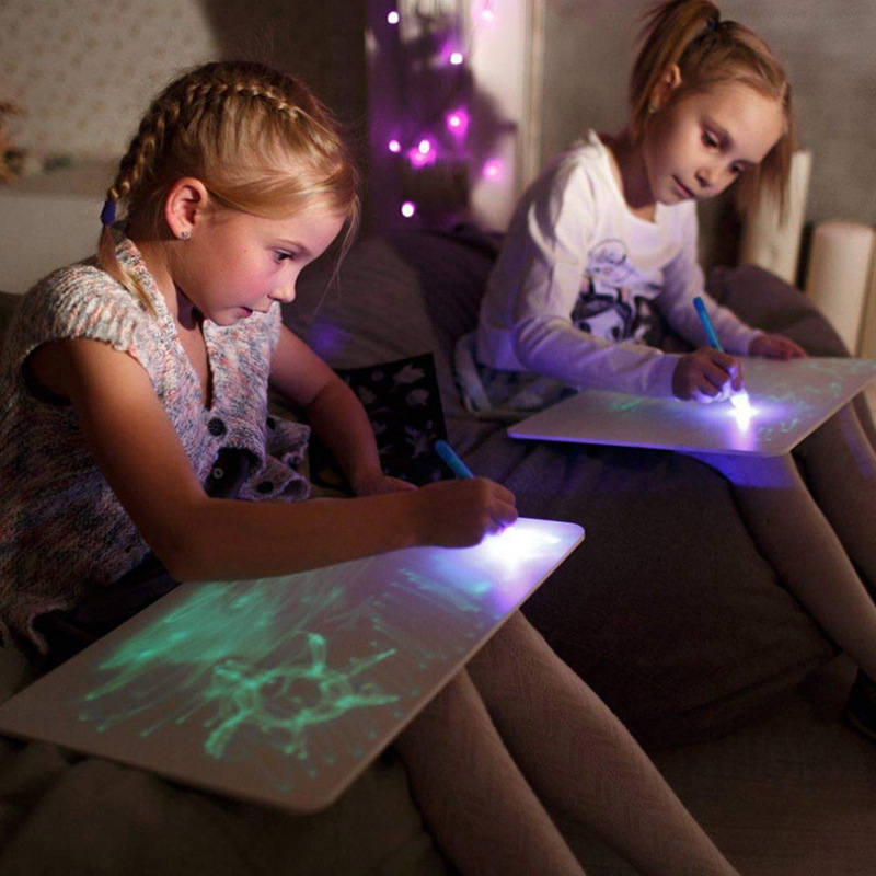 A3 A4 A5 LED Luminous Drawing Board Russian English Graffiti Doodle Tablet Magic Draw With Light-Fun Fluorescent Pen Educational