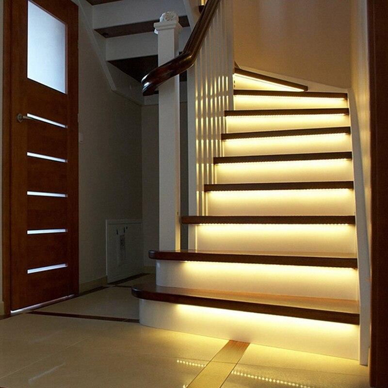 3M 2M 1M LED Luz de escalera inteligente bajo la cama luz PIR Sensor Detector Control lámpara de pared inteligente armario cocina luz