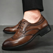 Oxfords genuine Leather Men's Shoes Lace Up brogue Breathable Formal Office For Man outdoor Flats Casual Dress Shoes Men(China)