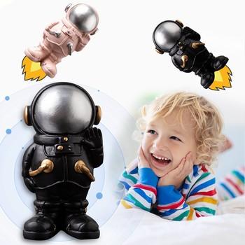2021 nowy Mini Nordic żywica astronauta Model lalki dekoracji wnętrz zabawki dla dzieci prezent rodzina Uinque astronauta ozdoby do dekoracji tanie i dobre opinie ISHOWTIENDA CN (pochodzenie) 8 lat Wyroby gotowe Unisex Produkty na stanie Z żywicy
